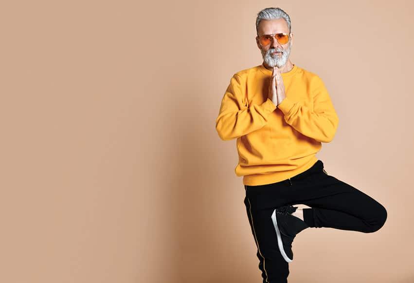 Flere mænd dyrker yoga