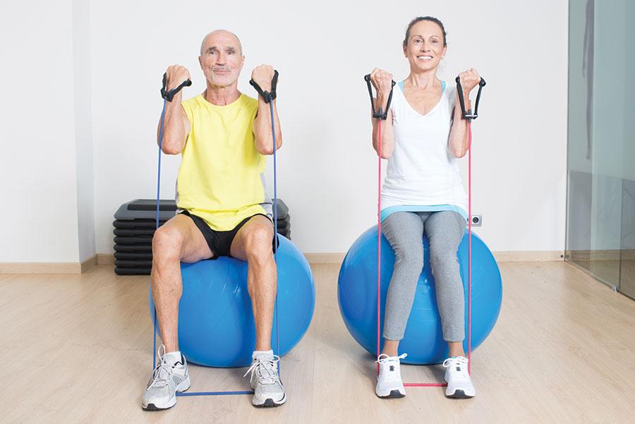 Træningsprogrammer hjælper ældre gennem kemo